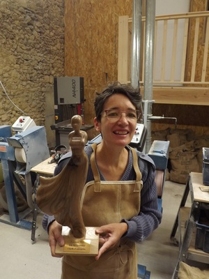 Marguerite Villedey et son trophée